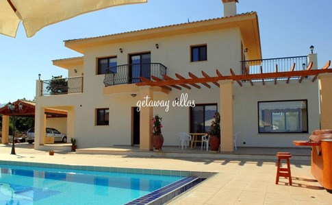 Cyprus Villa Leni Click this image to view full property details