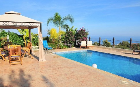 Cyprus Villa Mediterranean Click this image to view full property details