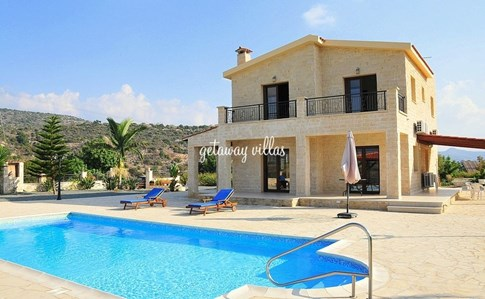 Cyprus Villa Mountain-View Click this image to view full property details