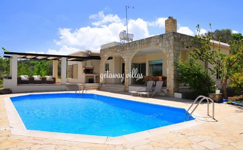 Cyprus Villa Koumneni Click this image to view full property details